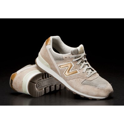 new balance 996 beige gold
